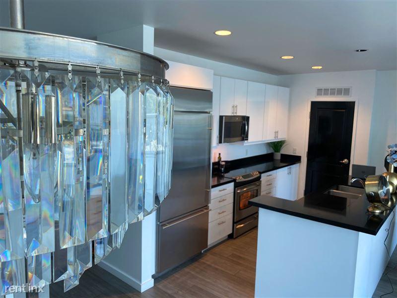 Blu Beverly Hills - 3 - 504 kitchen 2