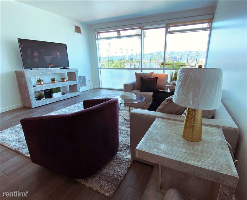 Blu Beverly Hills - 1 - 504 living room 2