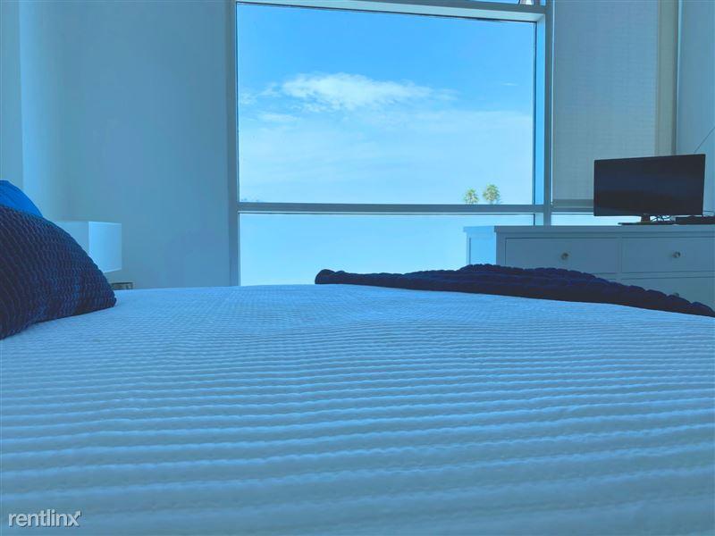Blu Beverly Hills - 6 - 504 bedroom view