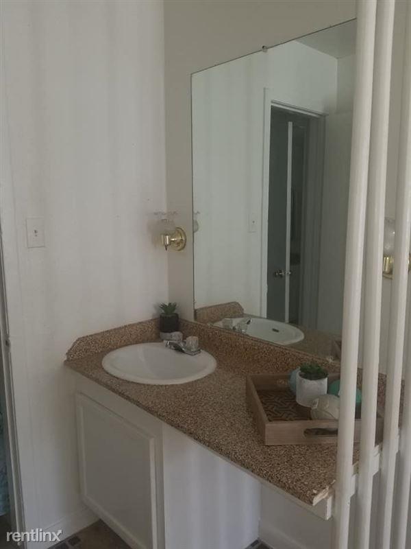 Oakwood Village Apartments - 7 - 87764752_3774936295864979_7160224547067658240_n