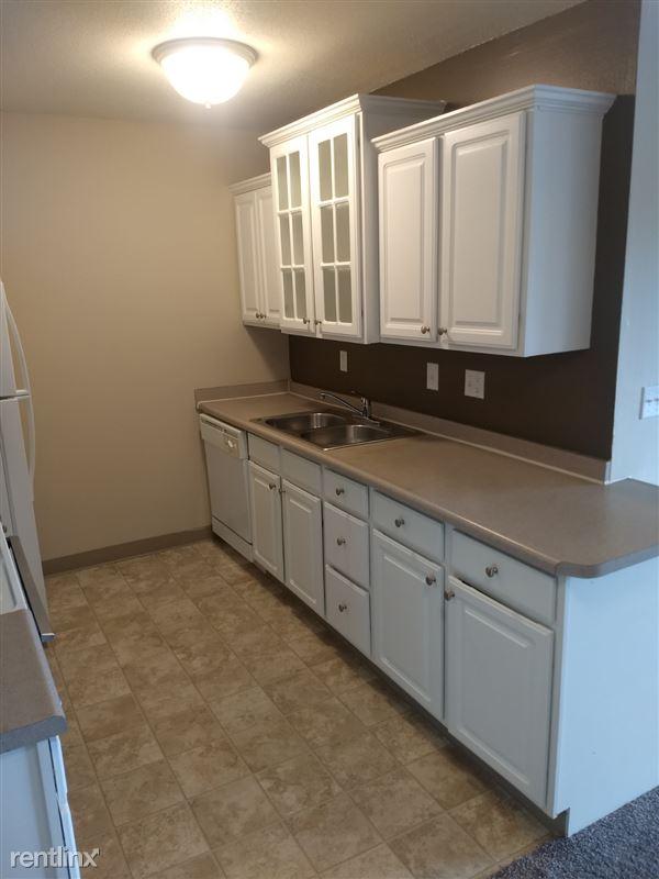 Knob Hill Apartments - 1 - Kitchen 3