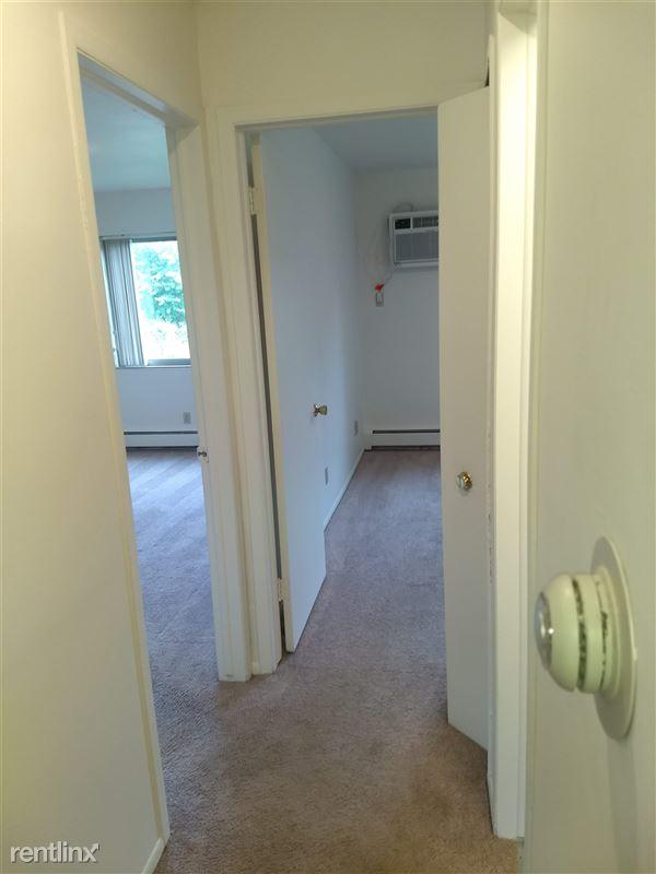 Okemos Village Apartments - 3 - Hall