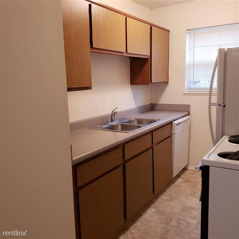 Knob Hill Apartments - 2 - Kitchen
