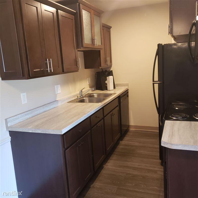 Knob Hill Apartments - 1 - Kitchen