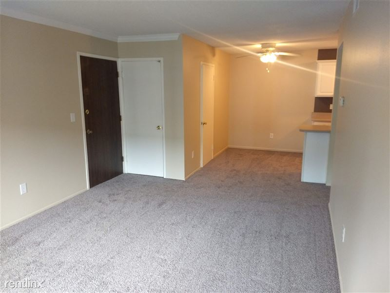 Knob Hill Apartments - 6 - IMG_20191107_105705344