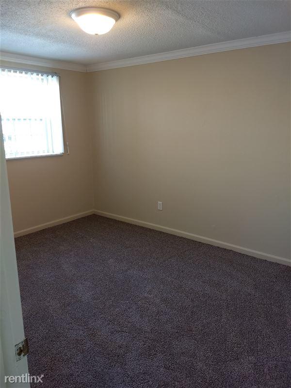 Knob Hill Apartments - 2 - Bedroom
