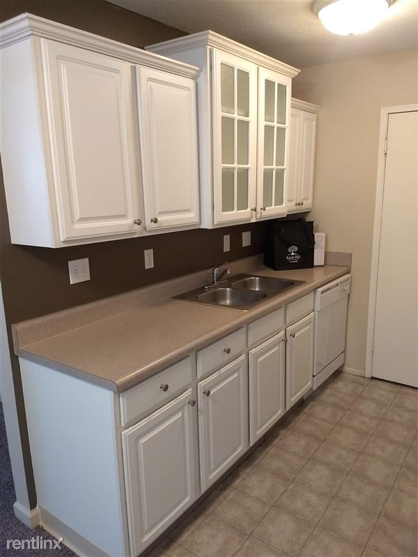 Knob Hill Apartments - 1 - Kitchen 2