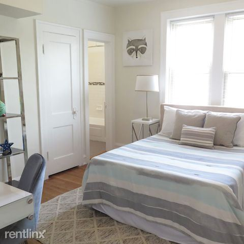 2209 E 70th St - 3 - Bedrooms connect to bathroom