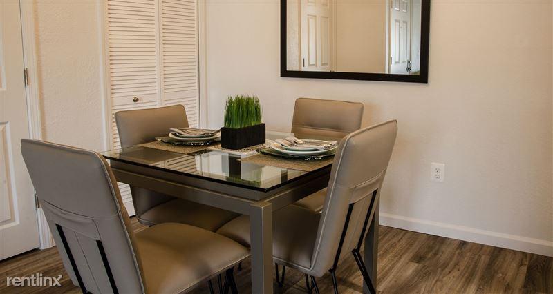 Furnished/Turnkey Suites @ Oak Hill Apartments - 3 - DSC_8850(1)