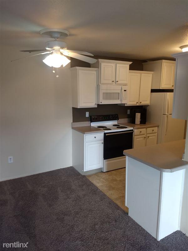 Knob Hill Apartments - 7 - Kitchen