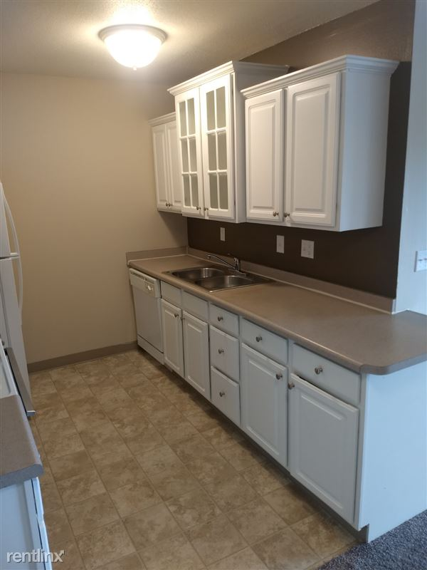 Knob Hill Apartments - 8 - Kitchen 3