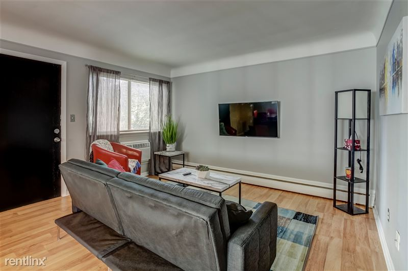 Furnished Suites in Clawson/Troy - 1 - 003-629WMapleRd7-Clawson-MI-48017-full