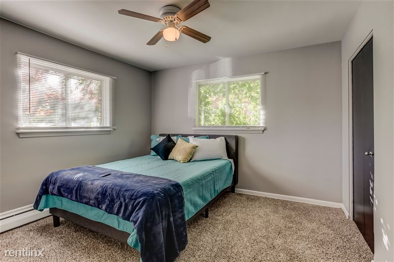 Furnished Suites in Clawson/Troy - 7 - 012-629WMapleRd7-Clawson-MI-48017-full