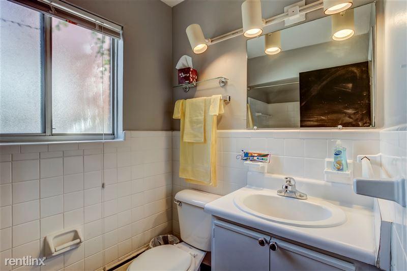 Furnished Suites in Clawson/Troy - 9 - 014-629WMapleRd7-Clawson-MI-48017-full