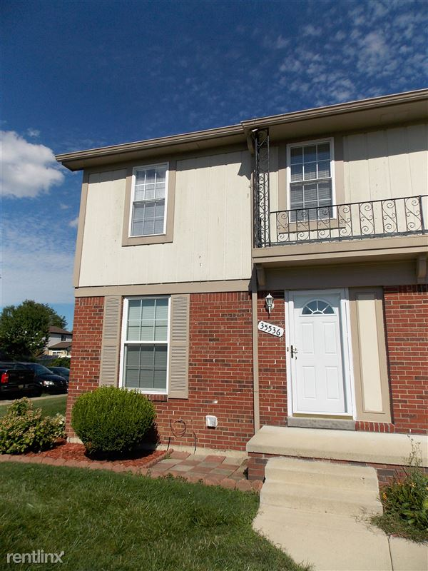 Flex-Lease/Furnished Condo w/ Den and Basement - 24 - Exterior
