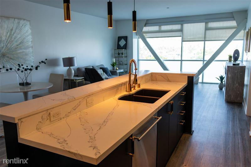 Blu Beverly Hills - 2 - 603 dining, kitchen, livingroom new