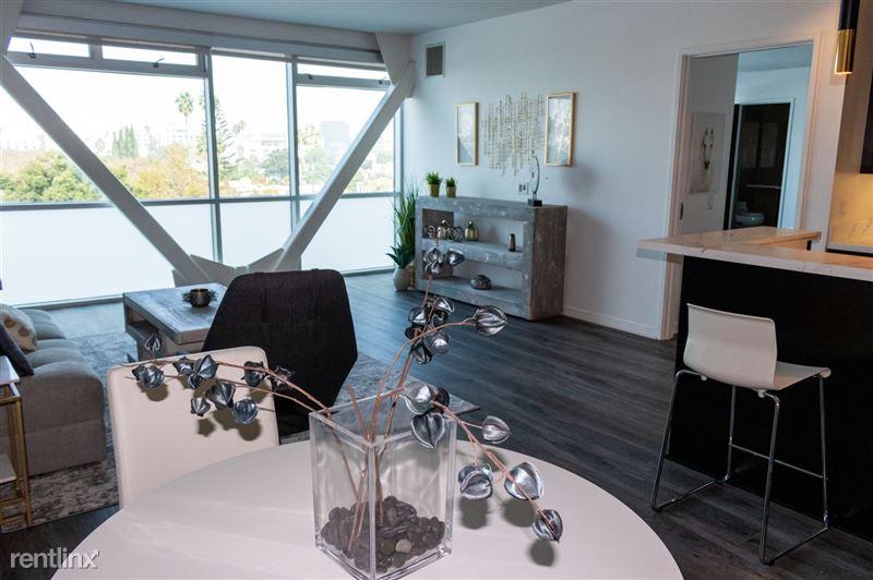 Blu Beverly Hills - 3 - 603 livingroom new