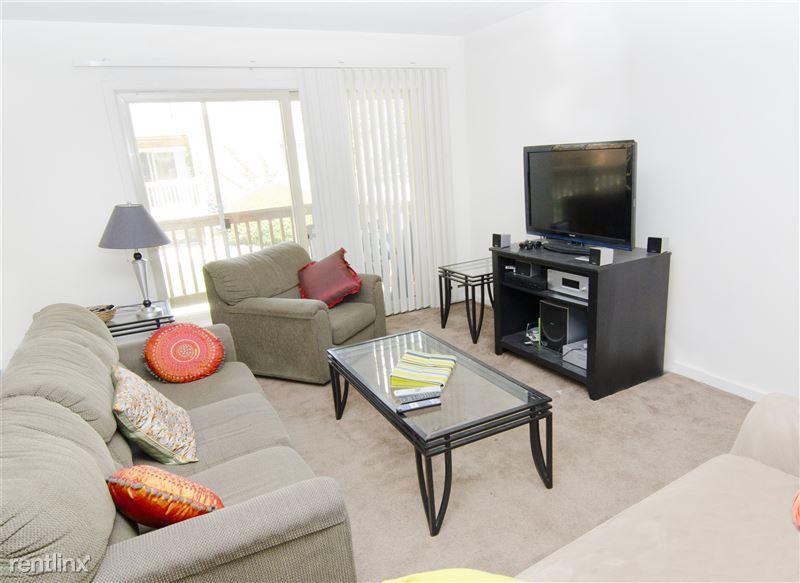 Cedar Street Apartments - 2 - 06-04-2012_Cedar_Street_Livingroom_1