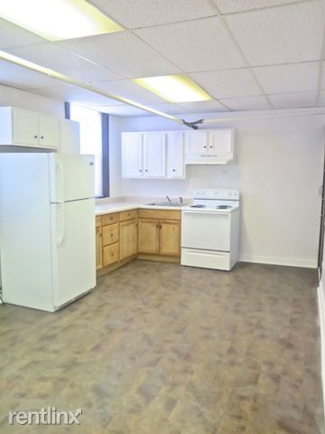 4338 S Drexel Blvd - 5 - Kitchen Area w/ Breakfast Nook