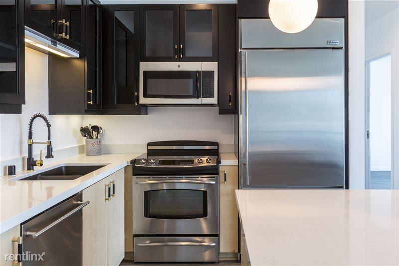 Blu Beverly Hills - 2 - 1104 Kitchen 3