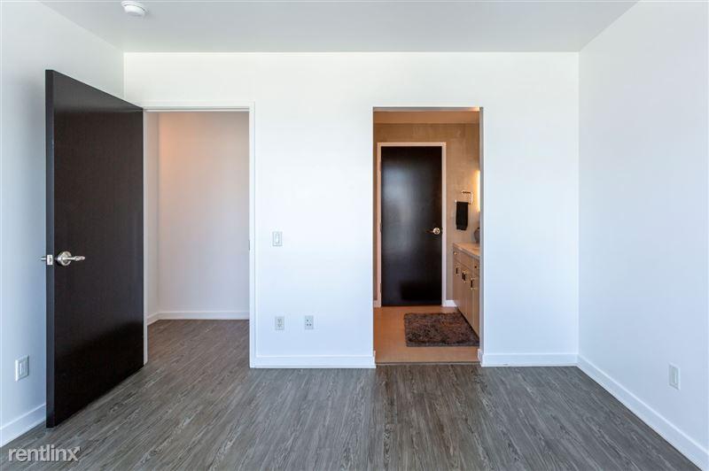 Blu Beverly Hills - 6 - 1104 bedroom and bath