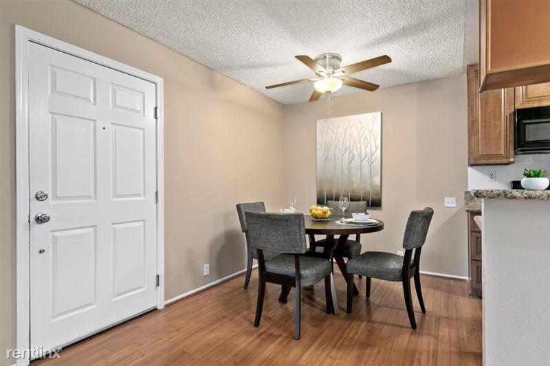 Vista Apartments - 5 - 25_1181WashingtonPl_IMG_6476Web