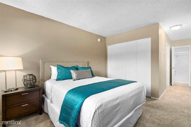 Vista Apartments - 8 - 41_1181WashingtonPl_IMG_6500Web