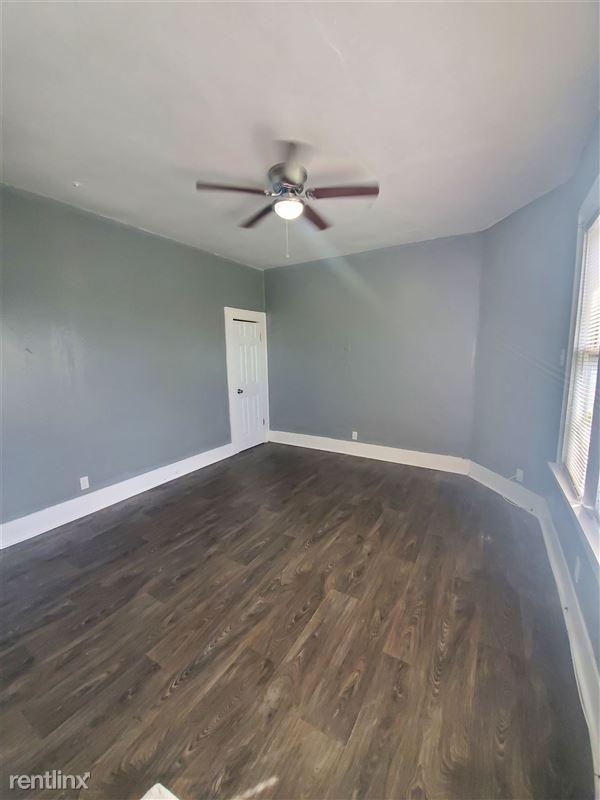 519 Hammond Ave - 1 - 20201210_144321