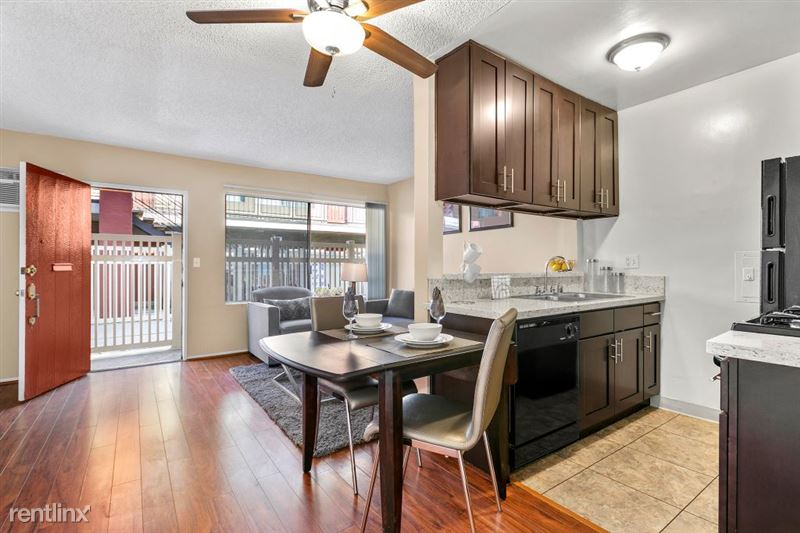 Riverside Villas Apartments - 9 -