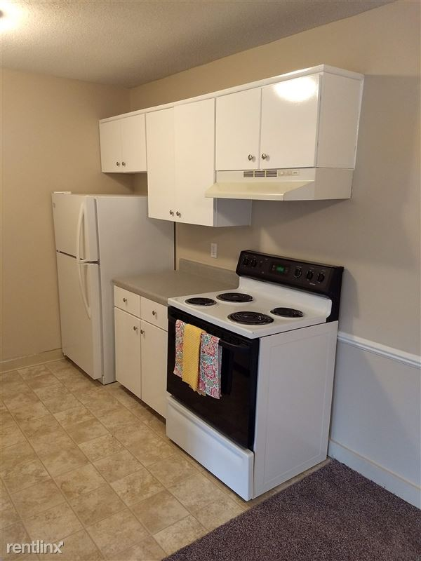 Knob Hill Apartments - 5 - Kitchen 2