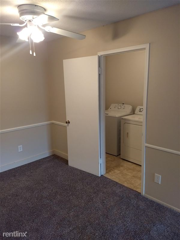 Knob Hill Apartments - 3 - Laundry Room