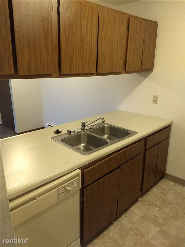 Sycamore Apartments - 1 - Kitchen 2