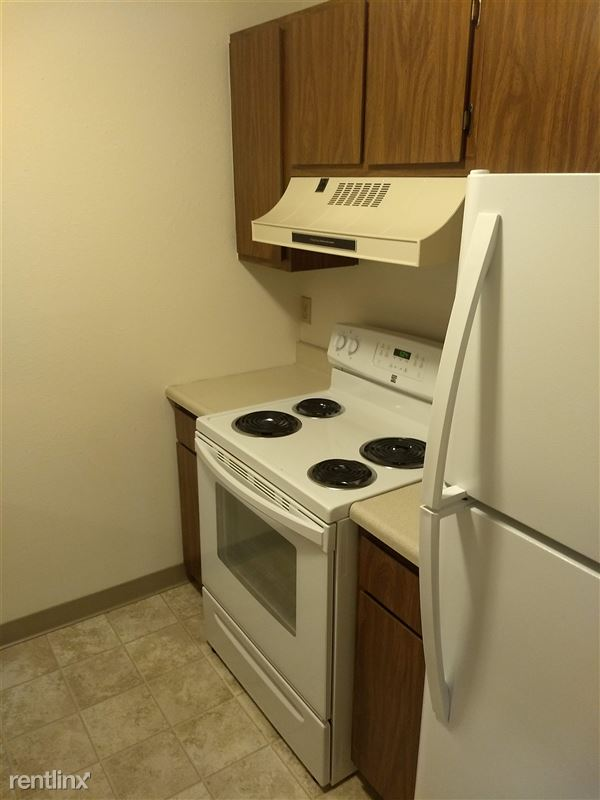 Sycamore Apartments - 2 - Kitchen 3