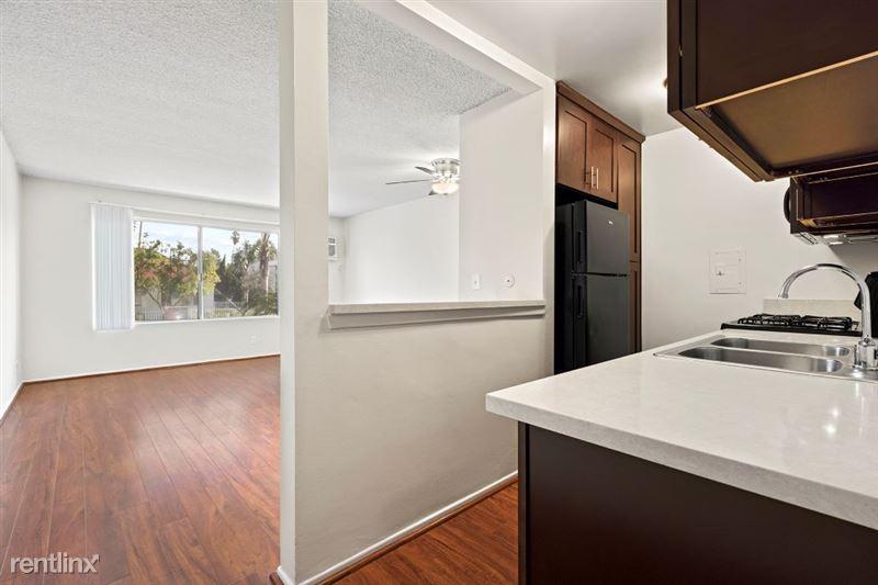 Riverside Villas Apartments - 2 -