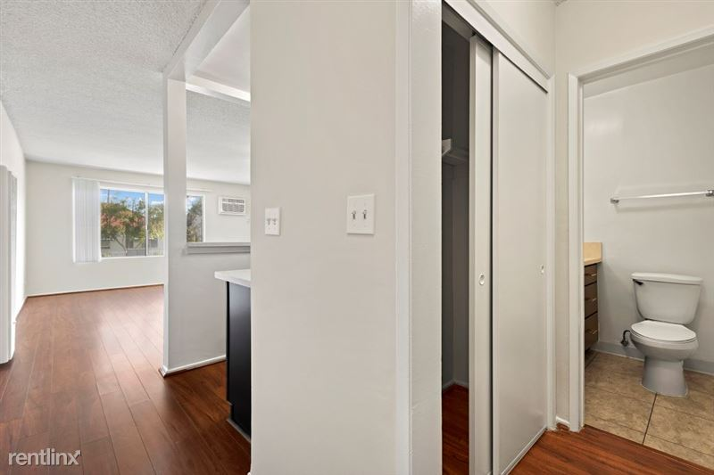 Riverside Villas Apartments - 5 -