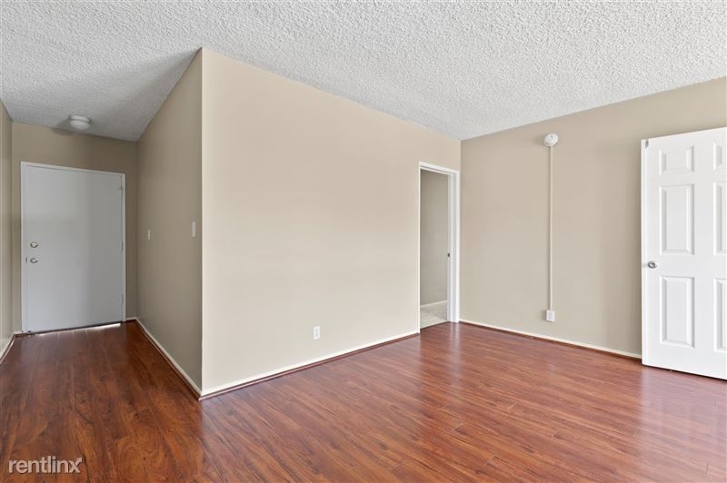 Riverside Villas Apartments - 24 -