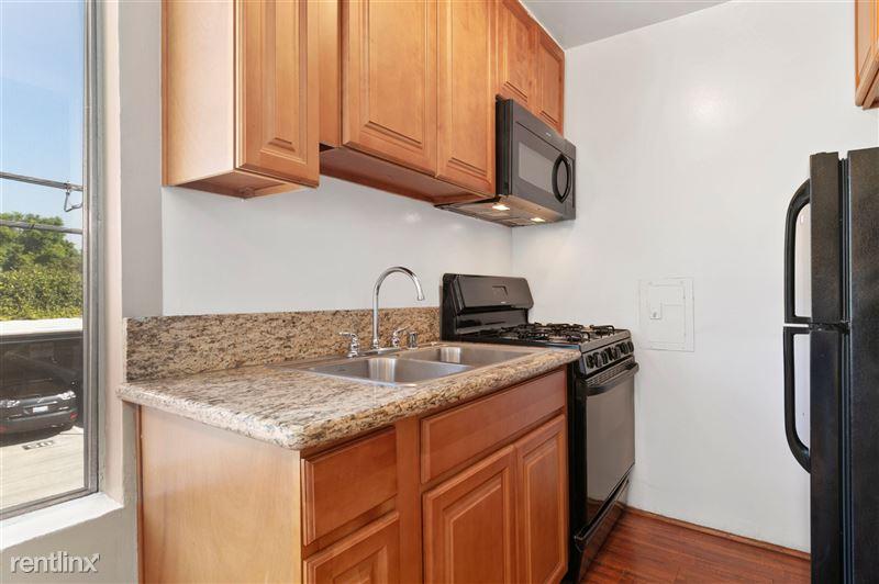 Riverside Villas Apartments - 26 -