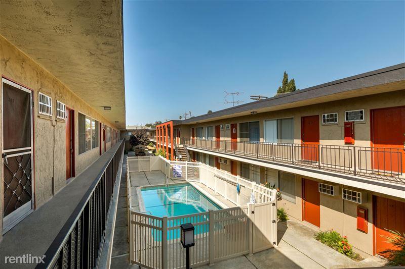 Riverside Villas Apartments - 15 - IMG_9321-HDR