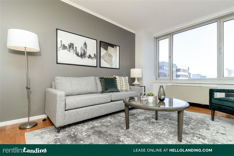 Landing Furnished Apartment Midtown Pointe Apartments - 27 -