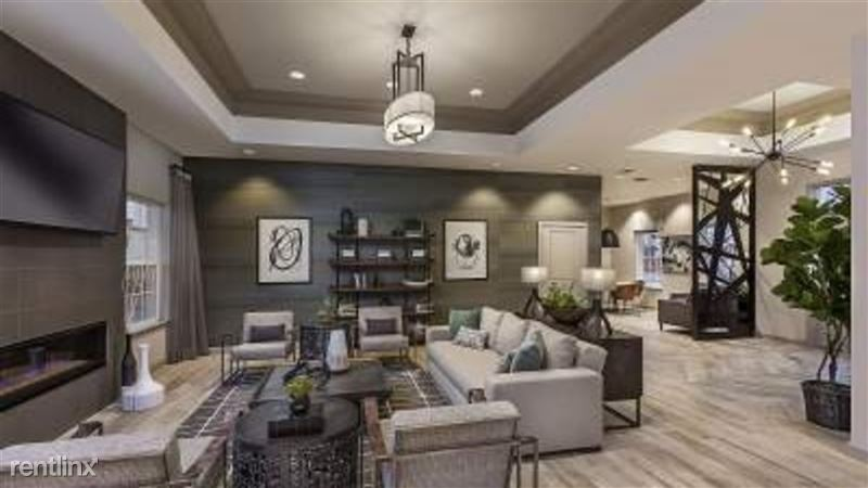 Landing Furnished Apartment Midtown Pointe Apartments - 8 -