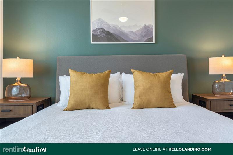 Landing Furnished Apartment Arium Spring Crossing - 129 -