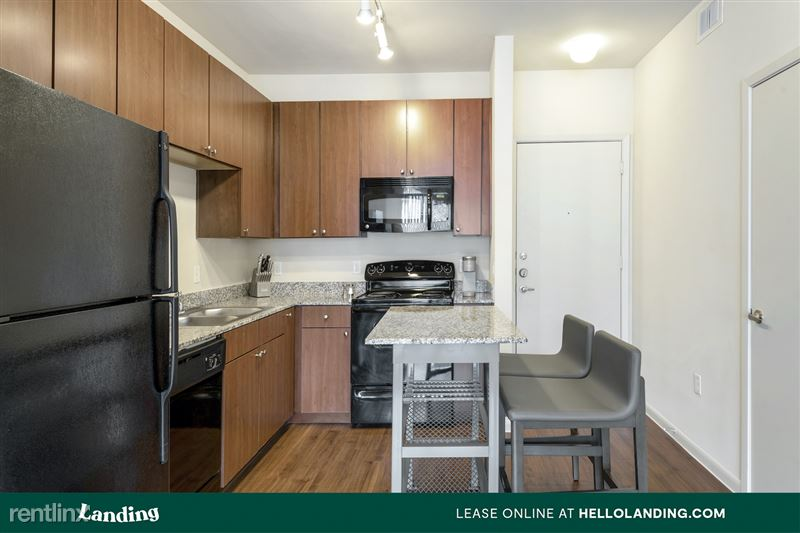 Landing Furnished Apartment Arium Spring Crossing - 205 -