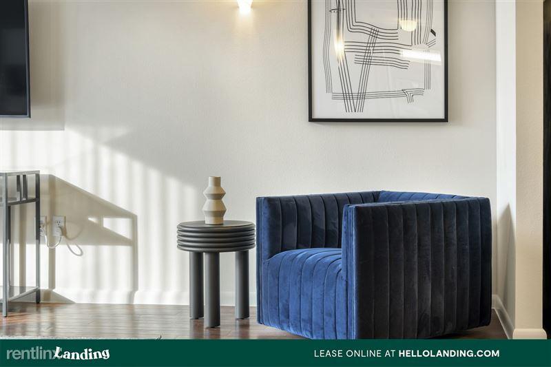 Landing Furnished Apartment Arium Spring Crossing - 206 -