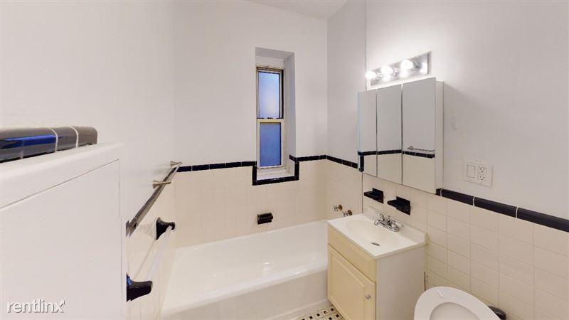6911 Yellowstone Blvd - 29 - 69-11-Yellowstone-Blvd-B34-Bathroom