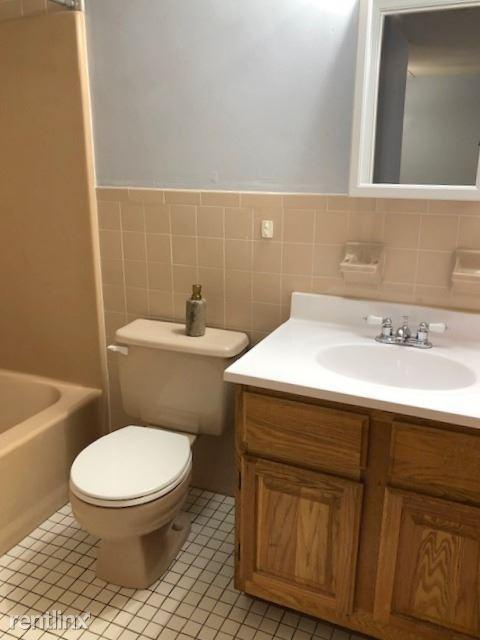 80 Gardner St - 6 - Bathroom1