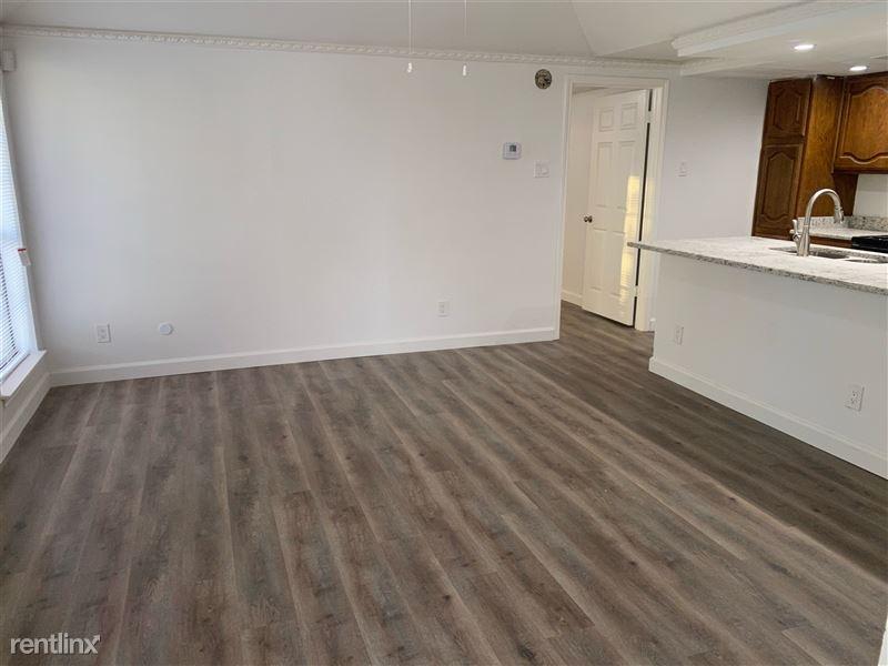 Park Lane Place Condos - 10 - Open floor plan