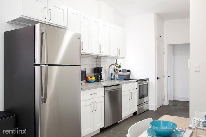 54 Cumberland St - 1 - the-fort-greene-house-kitchen-3.700x700
