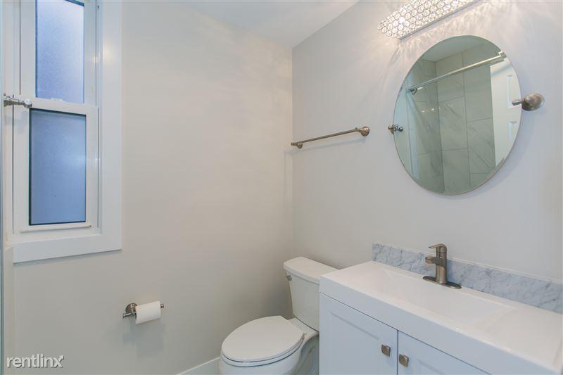 1743 W Barry Ave - 4 - Bathroom 1