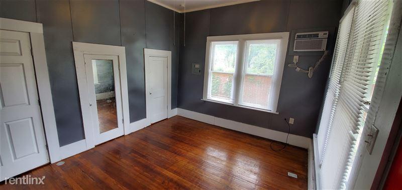 519 Hammond Ave - 5 - Bedroom