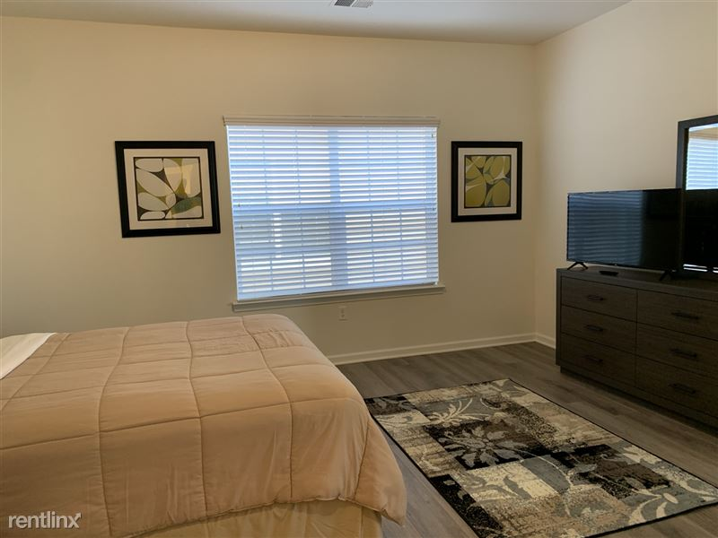 Furnished/Turnkey - Towne Center - GM Tech Center - 23 - IMG_3914